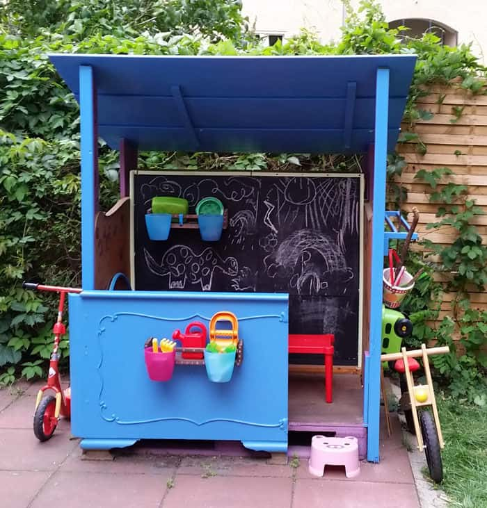 The DIY Upcycled Scrap & Pallet Wood Playhouse Plan