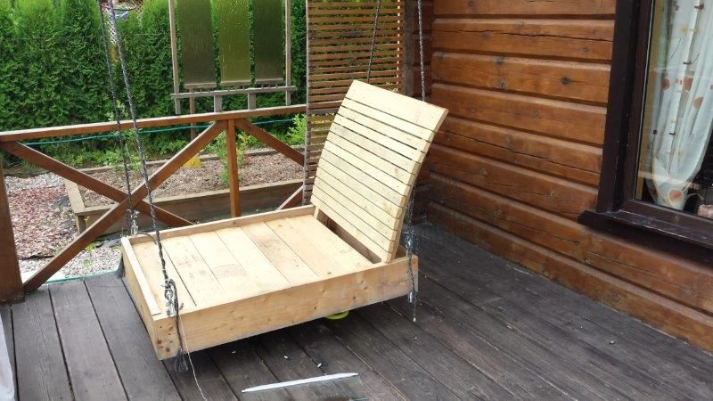 Pallet Patio Chaise