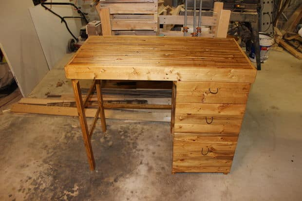 The Pallet Desk With Drawers Project