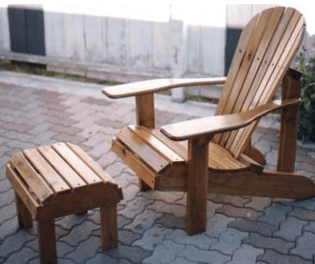 The WiltonTool Classic Adirondack Chair
