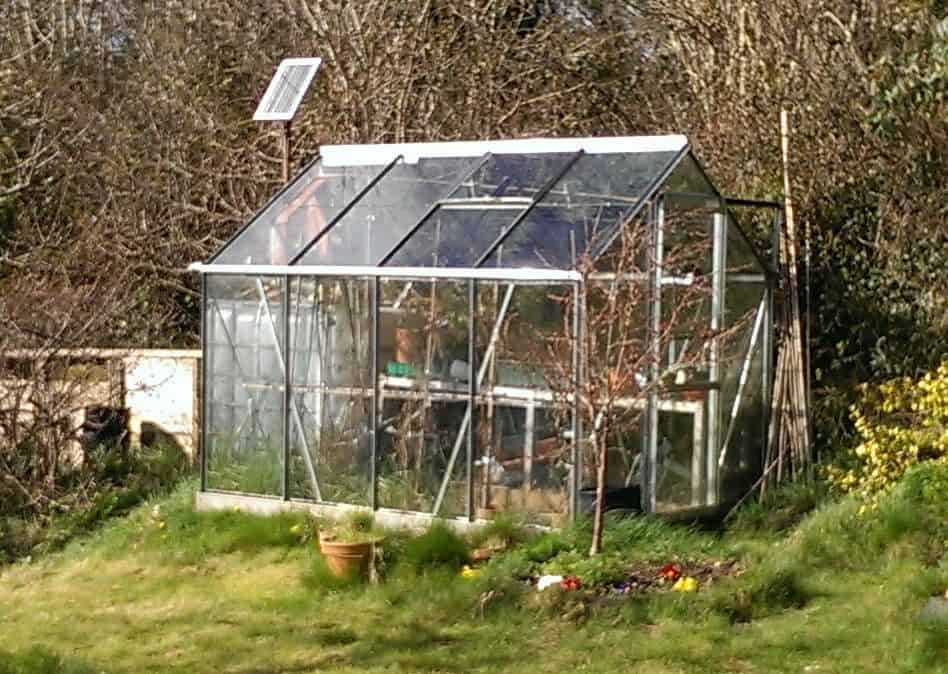 The Automatic Solar Powered Greenhouse Blueprint