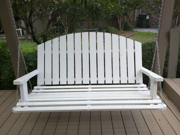 The DIY Wooden Daybed Porch Swing Plan
