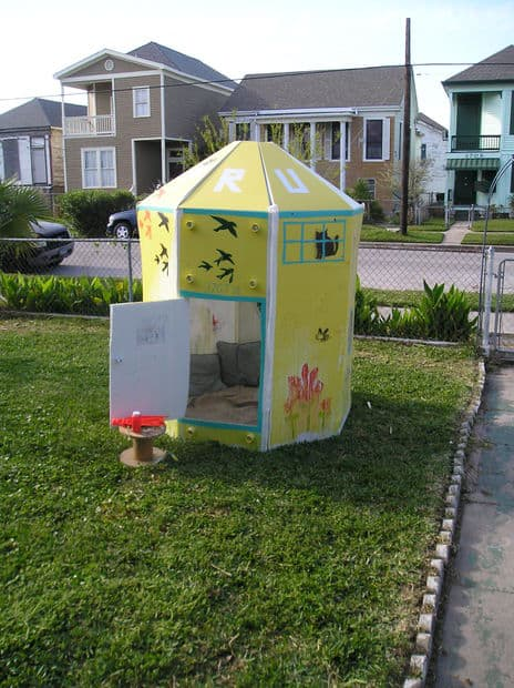 The Fold-Up Childrens Playhouse Design