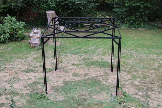 The Kiwi & Grape Steel Garden Pergola Blueprint