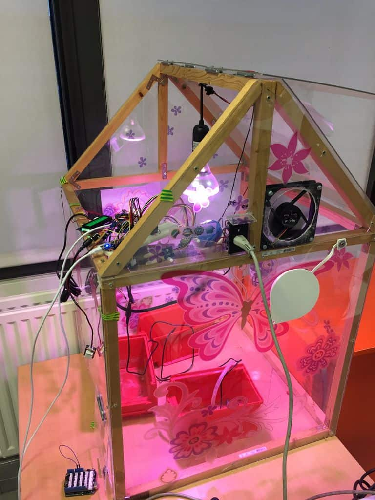 The Smartphone-Controlled Greenhouse Blueprint