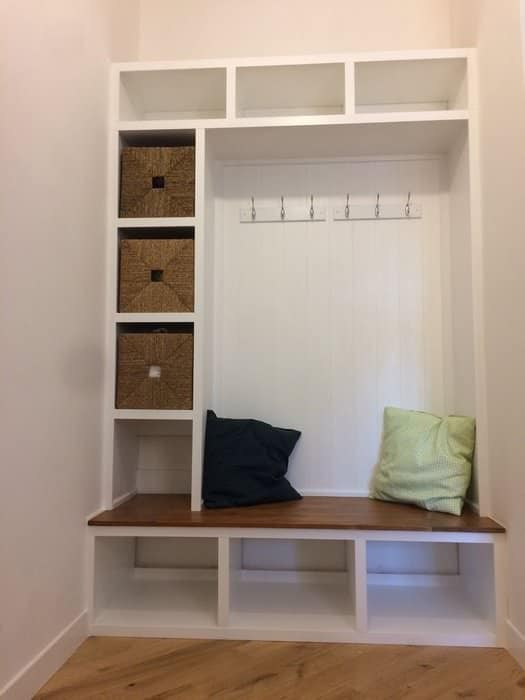 diy mudroom bench storage