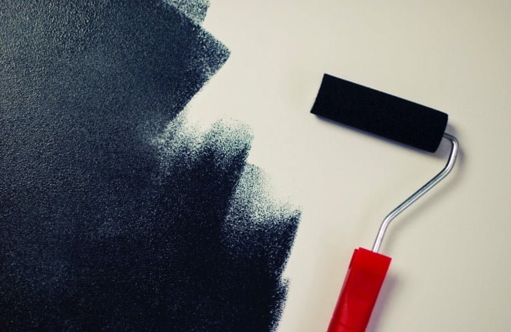 The Differences Between Oil Based and Water Based Paint