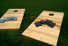 how to build a cornhole set