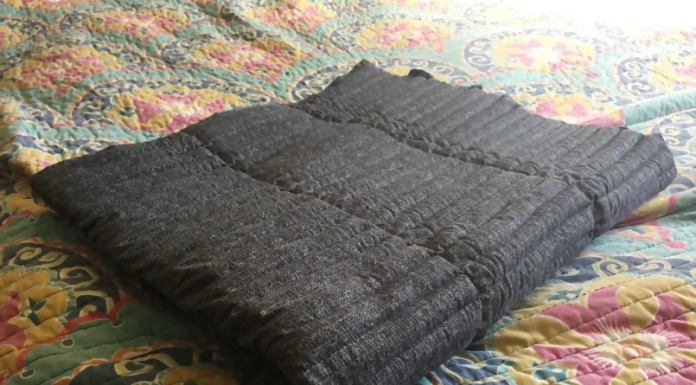 simple gray weighted blanket