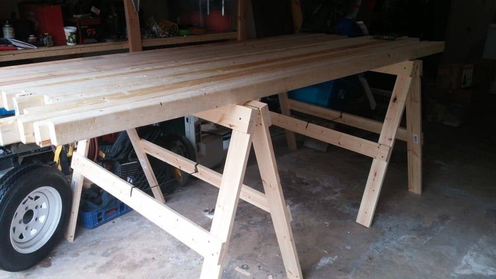 Folding Sawhorses, Simple and Handy!